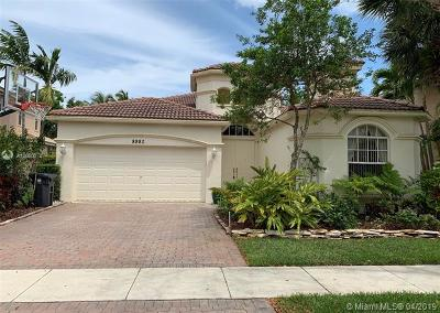 Palm Beach County Single Family Home For Sale: 8980 Alexandra Circle