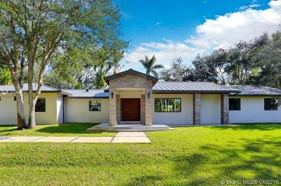 Broward County Single Family Home For Sale: 2700 SW 116th Ave