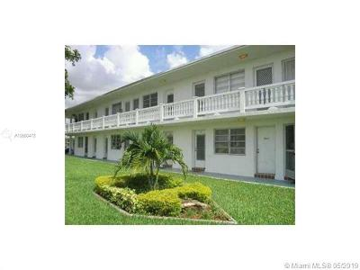 Miami Gardens Condo For Sale: 101 NW 204th St #22
