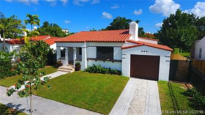 Miami-Dade County Single Family Home For Sale: 538 NE 74th St