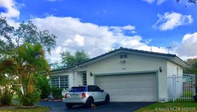 Miami Springs Single Family Home For Sale: 1000 Redbird Ave