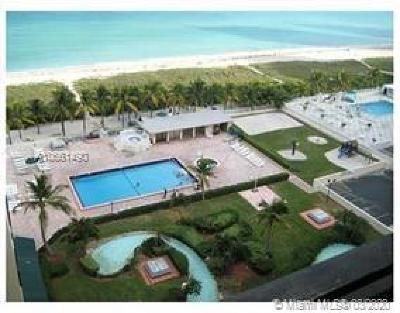 Miami Beach Condo For Sale: 5005 Collins Ave #1215