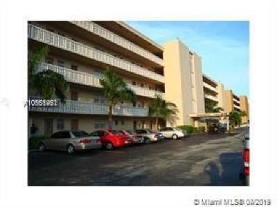Hallandale Condo For Sale: 218 NE 12th Ave #103