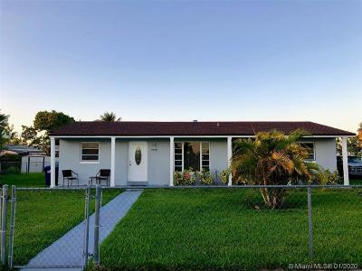 Miami Single Family Home For Sale: 10925 SW 142nd Ln