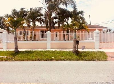 Hialeah Single Family Home For Sale: 1398 W 80th St