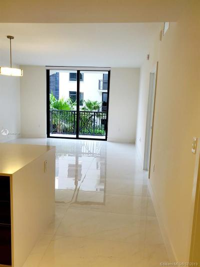 Coral Gables Condo For Sale: 301 Altara Ave #526