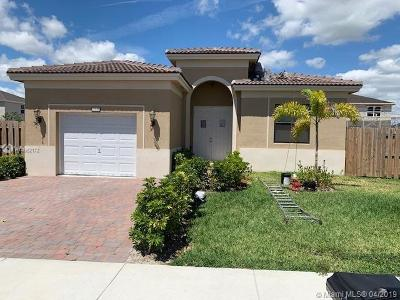 Miami-Dade County Single Family Home For Sale: 27606 SW 133rd Pl