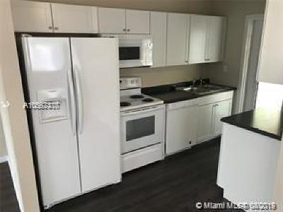 Riviera Beach Single Family Home For Sale: 1349 W 6th St