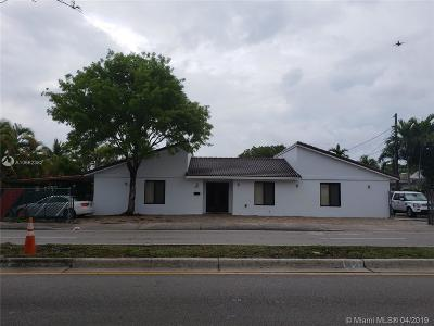 Shenandoah Single Family Home For Sale: 1601 SW 17 Ave