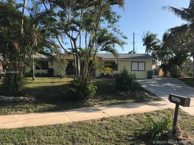 Lake Worth Single Family Home For Sale: 2037 6th Ct S