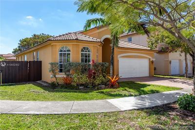 Doral Single Family Home For Sale: 8567 NW 110th Pl