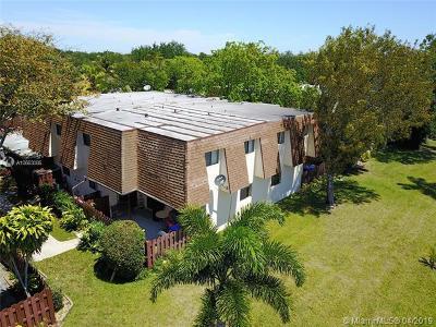 North Lauderdale Condo For Sale: 249 San Remo Blvd #249