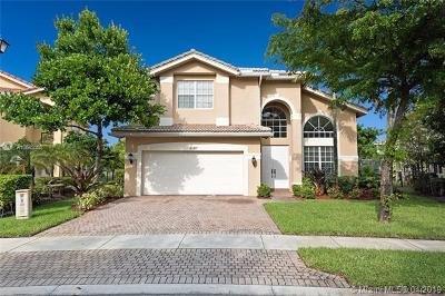 Miramar Single Family Home For Sale: 4723 SW 176th Ter