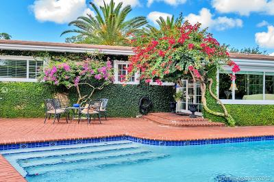 Coral Gables Single Family Home For Sale: 5911 Mall