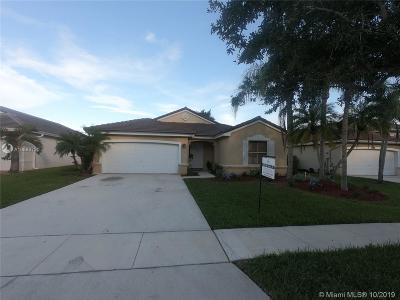 Pembroke Pines Single Family Home For Sale: 2487 NW 187th Ave