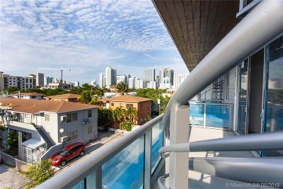 Condo For Sale: 551 SW 11th St #207