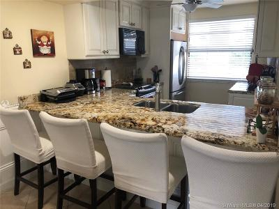 Boca Raton Condo For Sale: 6097 Balboa Cir #303