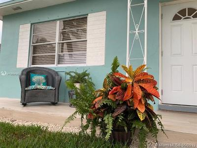 Fort Lauderdale Single Family Home For Sale: 2220 SW 14th St