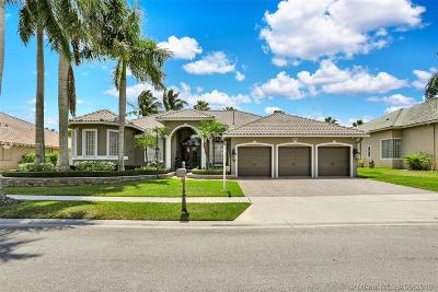 Pembroke Pines Single Family Home For Sale: 13758 NW 18th Ct