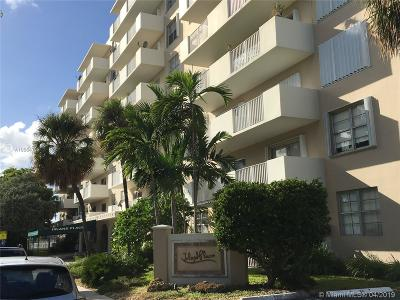 Island Place, Island Place At North Ba, Island Place At North Bay Condo For Sale: 1455 N Treasure Dr #1G