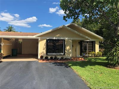 Davie Single Family Home For Sale: 3602 W Bell Dr