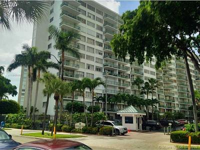Commodore Bay, Commodore Bay Condo Condo For Sale: 1408 Brickell Bay Dr #617