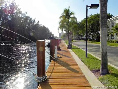 Fort Lauderdale Condo For Sale: 6445 Bay Club Dr #3