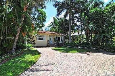 Golden Beach Single Family Home For Sale: 327 Golden Beach Dr