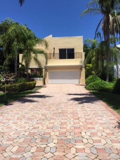 Golden Beach Single Family Home For Sale: 469 Golden Beach Dr