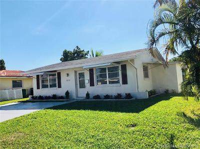 Tamarac Single Family Home For Sale: 7014 NW 58th Ct