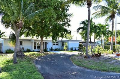 Oakland Park Single Family Home For Sale: 4451 NE 16th Ave