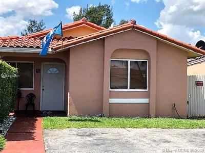 Hialeah Single Family Home For Sale: 2597 W 65th St