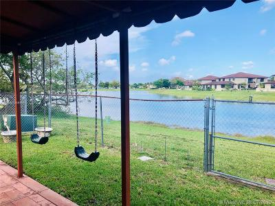 Miami Single Family Home For Sale: 4625 SW 140th Ct