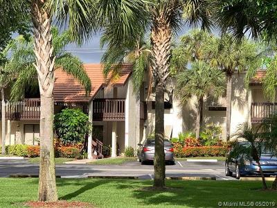 Boynton Beach Condo For Sale: 10118 Mangrove Drive #201