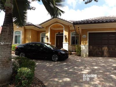 Miami Lakes Single Family Home For Sale: 16770 NW 86th Ct