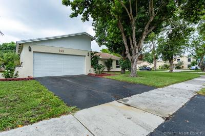 Deerfield Beach Single Family Home For Sale: 315 NW 38th Way