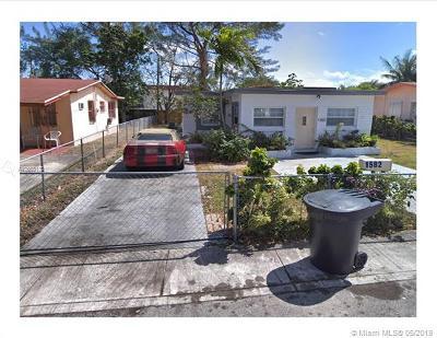 North Miami Beach Single Family Home For Sale: 1582 NE 151st Ter