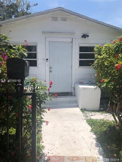 Miami Single Family Home For Sale: 3802 Oak Ave