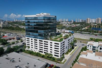 Aventura Commercial For Sale: 20200 W Dixie Hwy G19 Hwy #G19