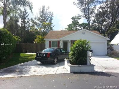 Boca Raton Single Family Home For Sale: 11196 Sacco Dr