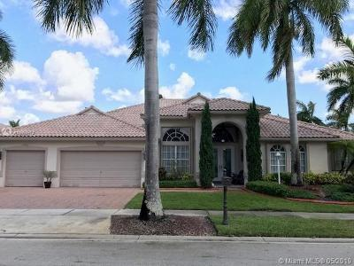 Pembroke Pines Single Family Home For Sale: 13735 NW 18th Ct