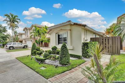 Doral Single Family Home For Sale: 10964 NW 73rd St