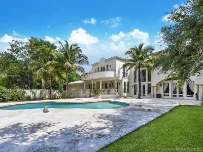 Coral Gables Single Family Home For Sale: 4860 Hammock Lake Dr