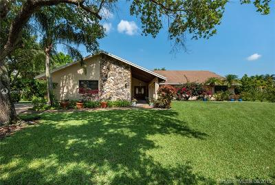 Davie Single Family Home For Sale: 11945 Silver Oak Dr
