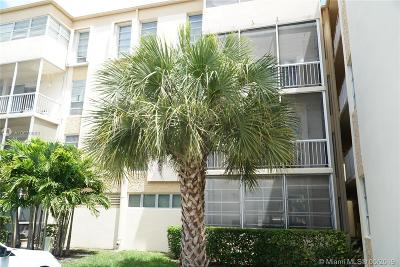 Rental For Rent: 9159 SW 77th Ave #211