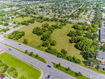 Palm Beach Commercial For Sale: 4687 Hypoluxo Rd