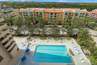 Coral Gables Condo For Sale: 600 Biltmore Way #1018