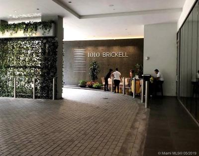 Condo For Sale: 1010 Brickell Ave #2609