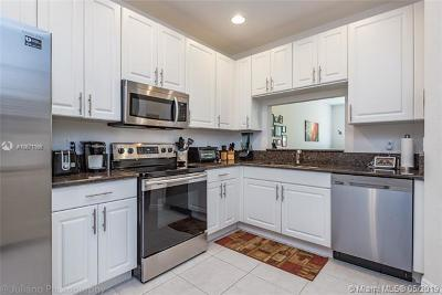 Cooper City Condo For Sale: 9728 Darlington Pl