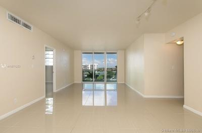 Hollywood Condo For Sale: 3001 S Ocean Dr #529